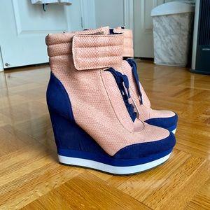 Qupid booties high heel